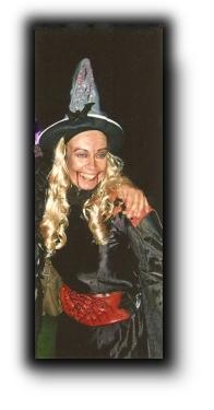 Halloween, HeidivomLande, Blog, Halloweenparty, Belami, Brauchtum, Vampire, Geister, gruseln, Bergedorf, Blog, regionaler Tipp, Kostüme, Süßes, sonst saures, Heidi TV
