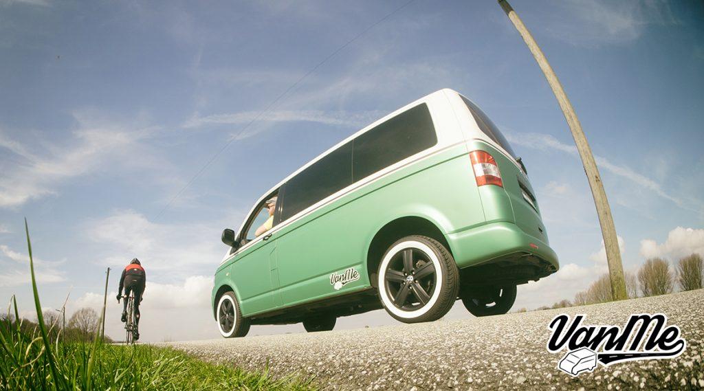 VanMe, Volkswagen T5 Transporter Kombi, Verkauf, Ausbau, Vermietung, Multivan, Camper, ökologisch, Bergedorf, Max Löber, Modul, Solar, Transporter, Multi-Van, Camping Fahrzeug, Retro-Style