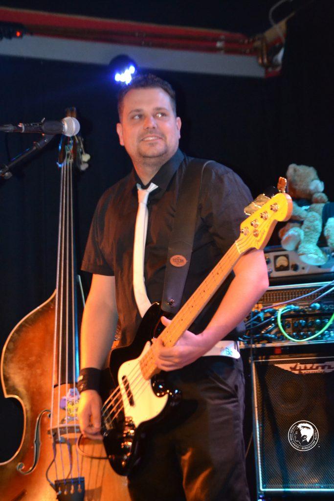 BossHoss-Bassist mit neuer CD