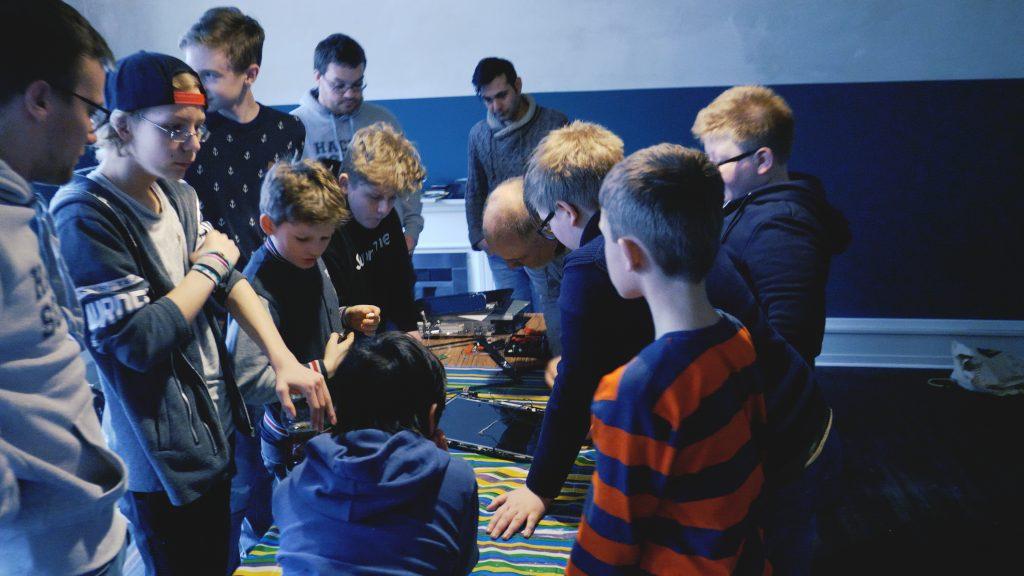 Hacker School, Informatik, Kurse, Flüchtlinge, Integration, Politiker, Bundespräsident, Frank-Walter Steinmeier, Hamburg, Bergedorf, HEIDI VOM LANDE, Blog
