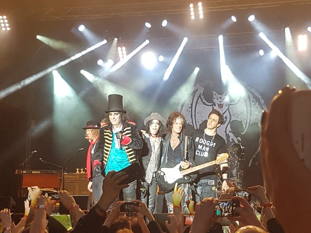 Hollywood Vampire, Rockstars, Alice Cooper, Joe Perry, Johnny Depp, Deutschlandtournee, 2018, Hamburg, Stadtpark, Fotos, Bericht, Konzertbericht, HEIDI VOM LANDE, Blog, The Darkness, Support-Band, USA