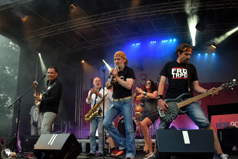 Bergedorfer Hafenmeile, Altstadtfest am Hafen, Partymeile, Corona, Bands, Musiker, Künstler, Regional, Bergedorf Blog, HEIDI VOM LANDE, Konzert
