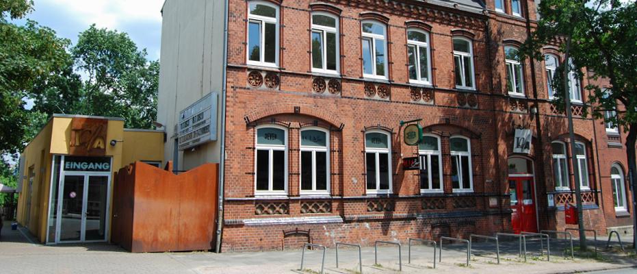Lola, Kulturzentrum, Kulturstätte, Veranstaltungen, Kurse, Theater, Kleinkunst, Ausstellung, Live-Musik, Konzert, Disco, Tanzen, Soziokultur, Hamburg, Bergedorf