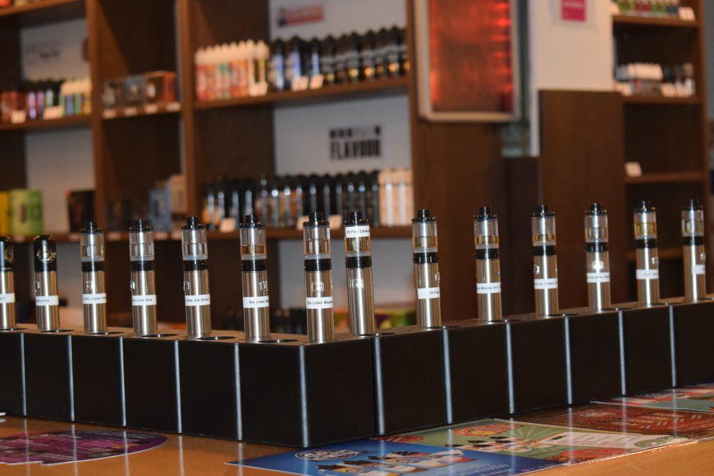 Dampfer, steam-base, Dampferlounge, Philip Diederich, Bergedorf, Neueröffnung, 1. Stammtisch, E-Zigarette, mit Nikotin, ohne Nikotin, Veranstaltungstipp