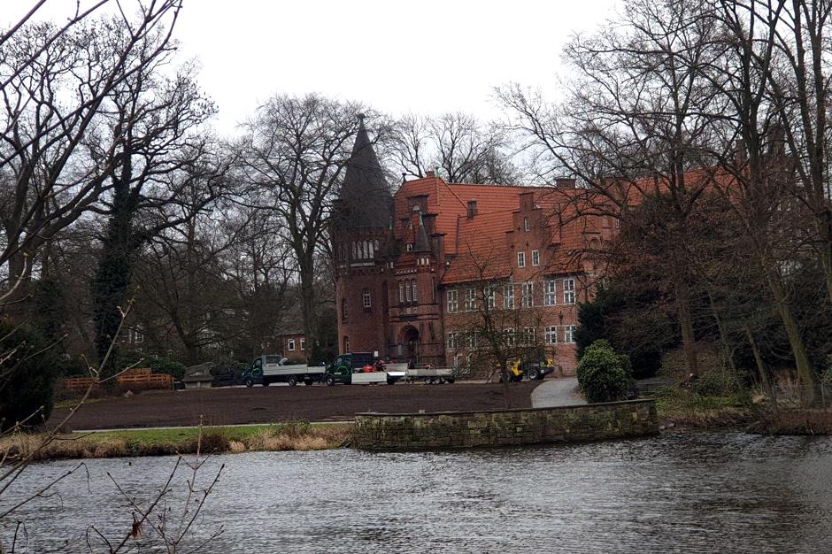 Grünfläche, Bergedorfer Schlosspark, Schloss Bergedorf, Grün, Rollrasen, Bergedorfer Wichtelmarkt, Schlosswiese, Hamburg
