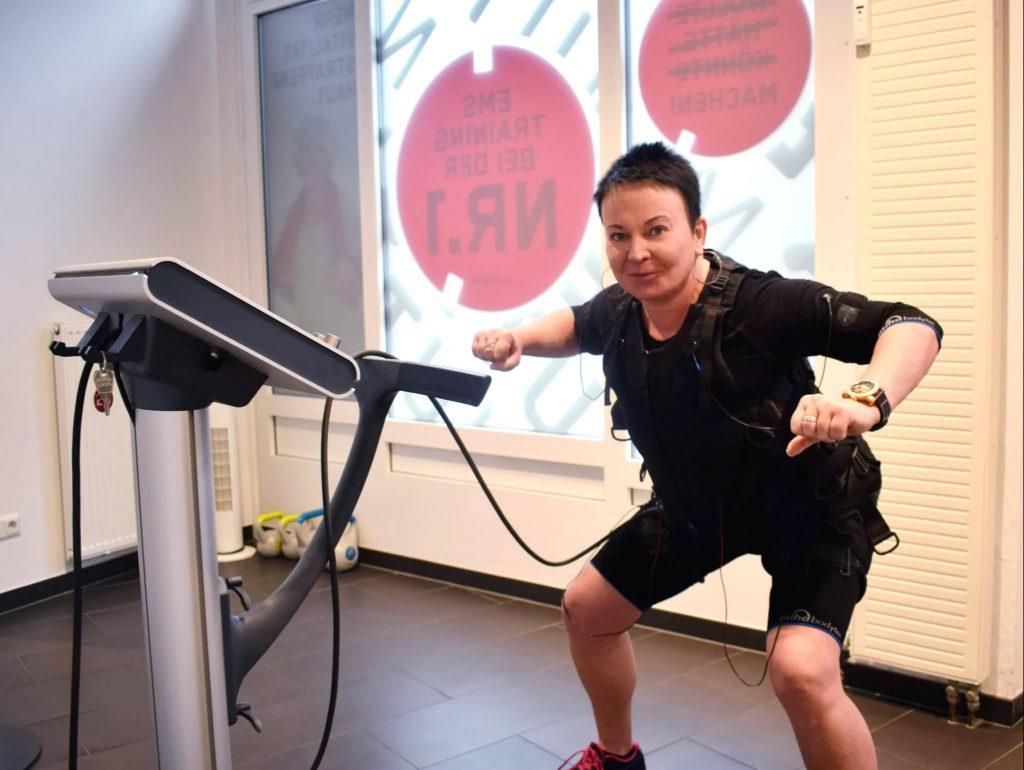 25 Minutes Personal EMS Training, Sport unter Strom, Bergedorf, Hamburg, elektrische Muskelstimulaton, Sport, Körper fit, Zunahme Muskelmasse