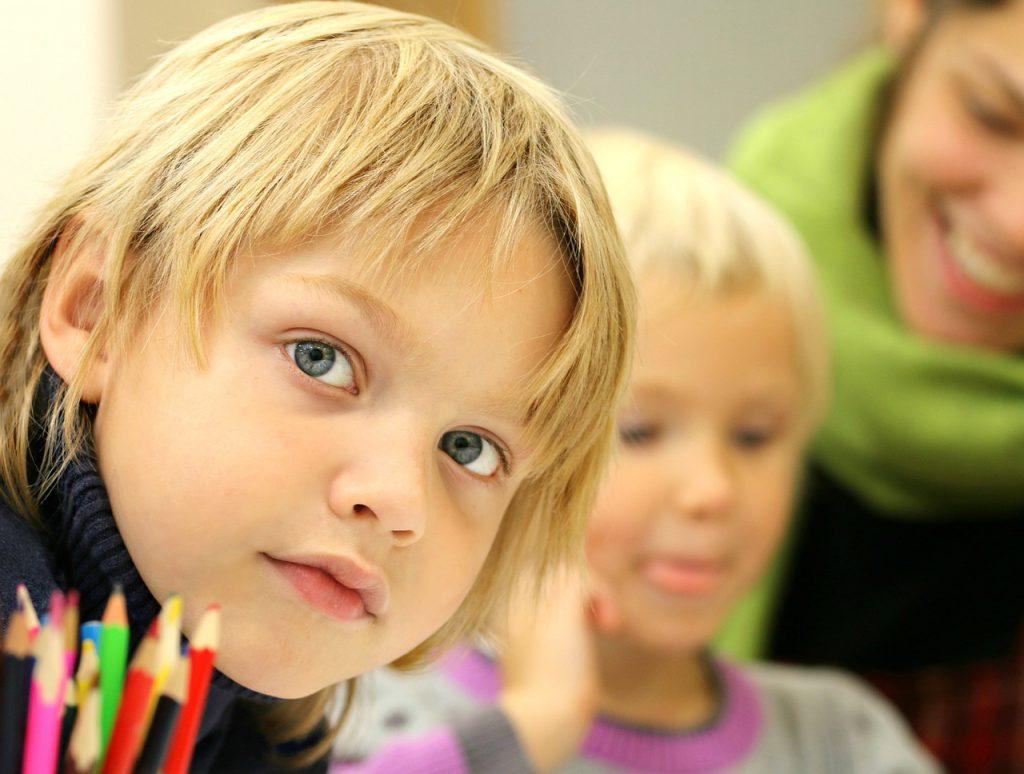 Nachhilfe, Förderunterricht, Mini Lernkreis, Hamburg, Niedersachsen, Schülerförderung, ausgebildete Lehrkräfte, Schüler, Lehrgänge, alle Fächer, Deutsch, Mathe, Englisch, Süderelbe