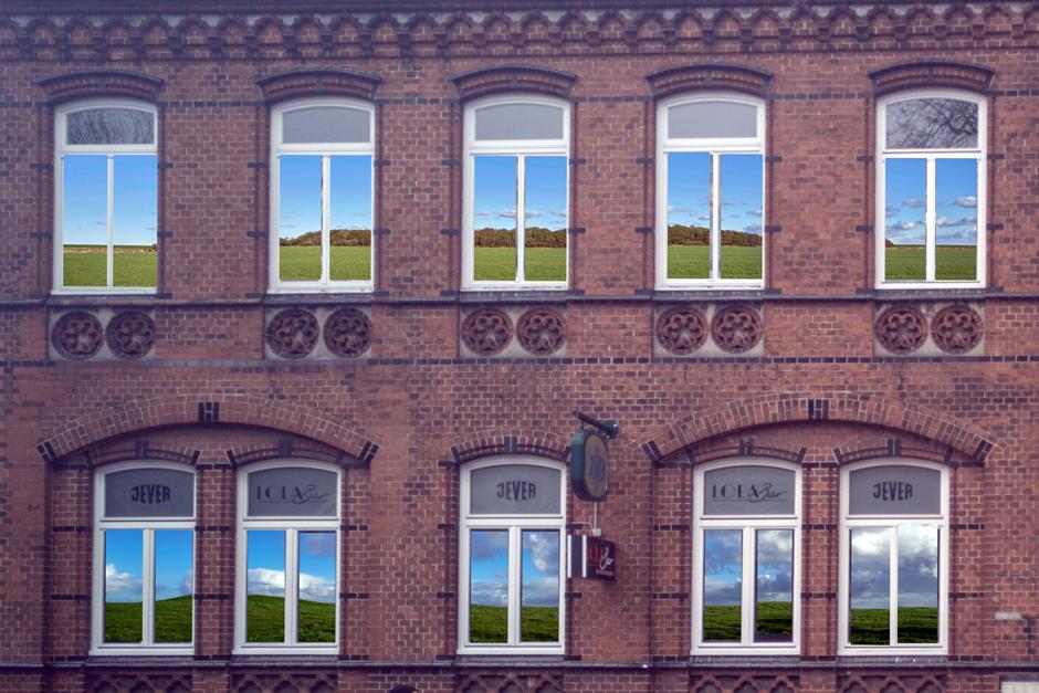 Fotos in Fenstern, Kultur neu erleben, LOLA, Kulturzentrum, Hamburg, Bergedorf, pfiffige Idee, Bergedorfer Fotoclub, Die Camera, Nachrichten, Lohbrügge