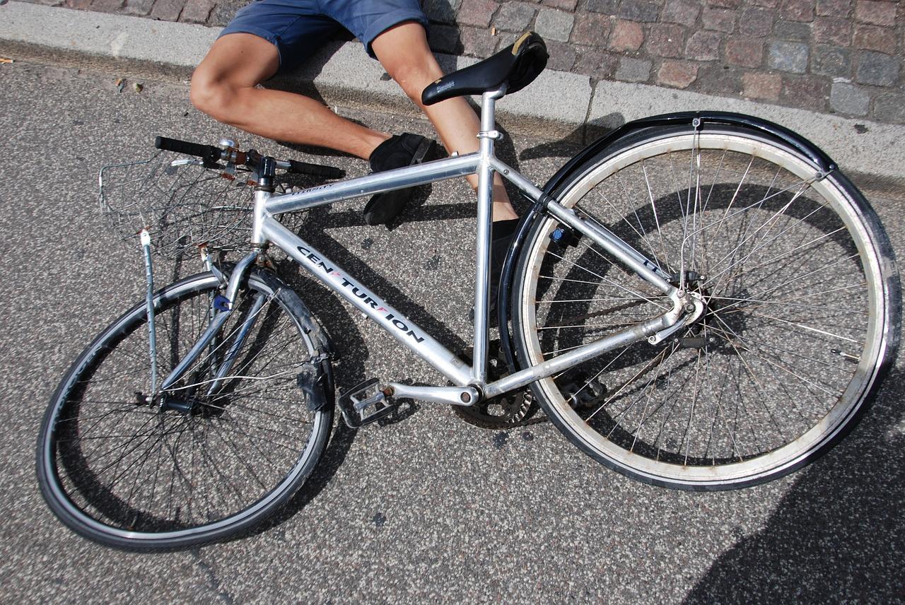 Fahrrad, Unfall, Fahrradfahrer, alkoholisiert, Autofahrer, PKW, Polizei, Bergedorf, Hamburg